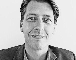 Eine sehr gute Ausgangslage - Patrick Widmer Marketingchef und Partner der Medropharm GmbH berichtet dem St. Galler Tagblatt über die Partnerschaft mit Naturally Splendid. www.medropharm.ch #medropharm #cannabis #mezidin #thc #cbd #marihuana #cannabismedizin