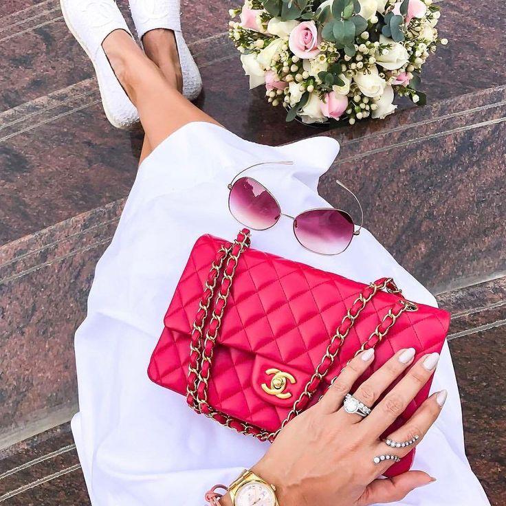 Red Chanel Classic Flap bag  | pinterest: @Blancazh