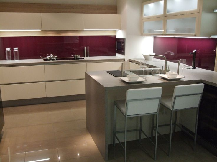 1000 images about glass on pinterest bespoke breakfast for Aubergine kitchen cabinets