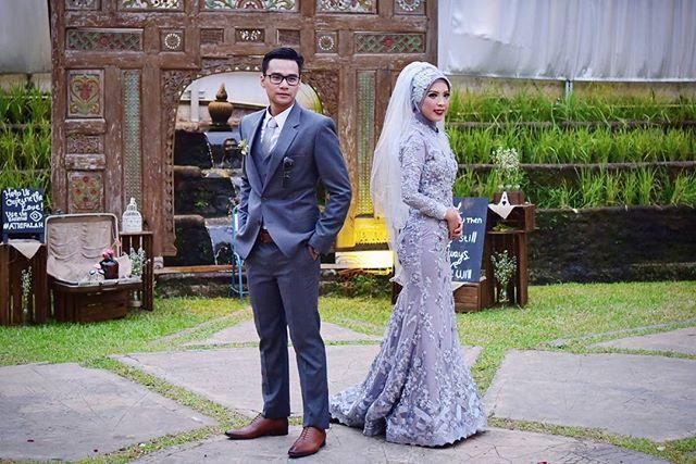 Wedding dress by @andrianiriaa   #hijabdress #atrifalah #hijabweddingdress #hijabbride #hijabwedding hijab wedding dress