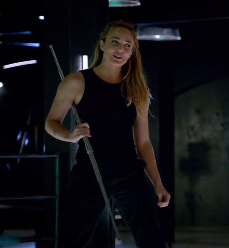 Sara Lance - White Canary 1-1 Pilot (1) – FanAboutTown