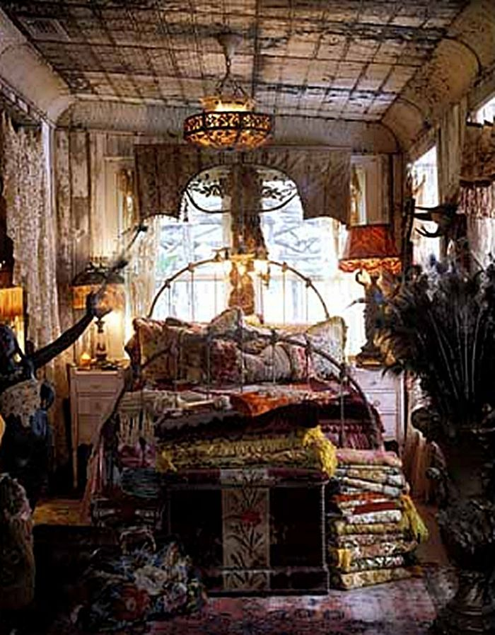 Gypsy Bedroom ~ Yes it's over the top, but I love it!