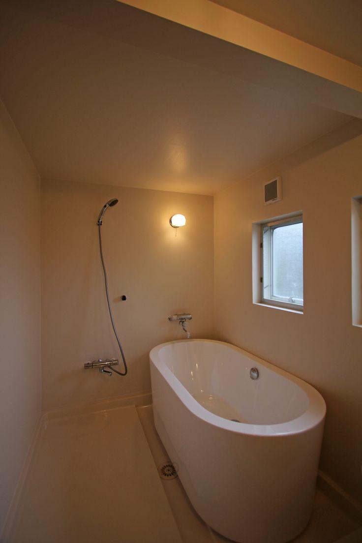 バスルーム_浴槽_置き型_浴室