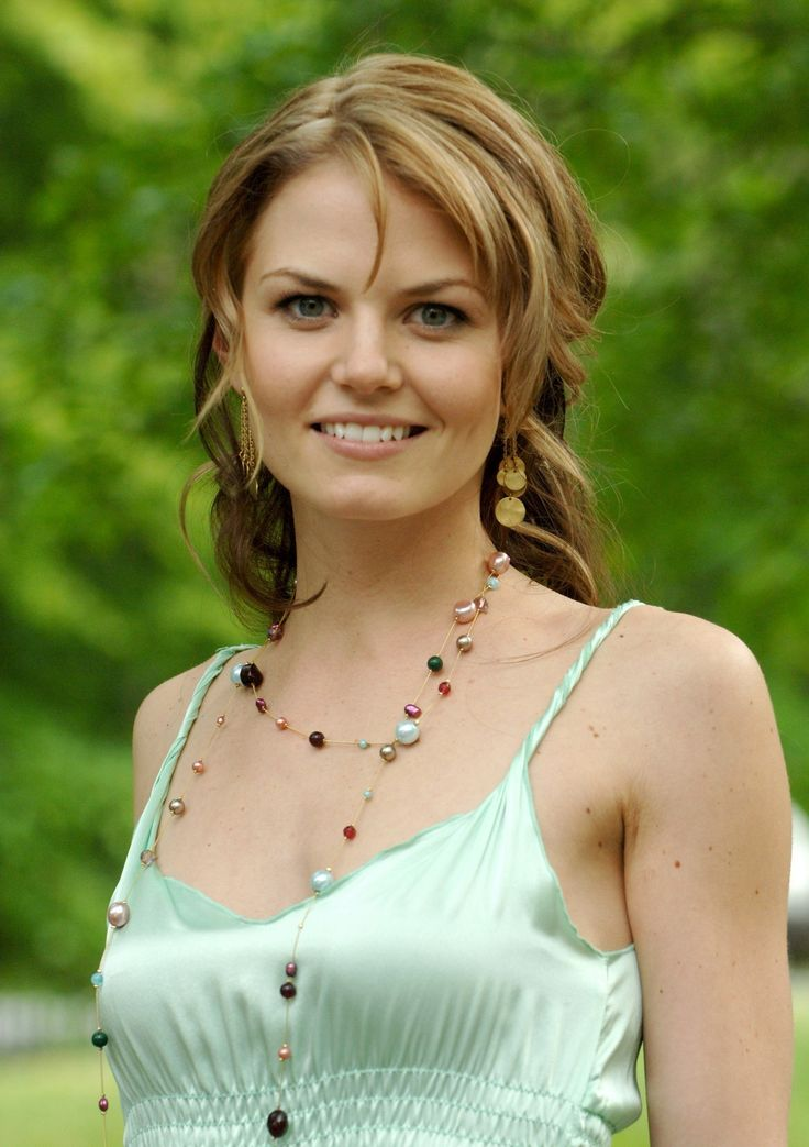 I want my hair to be this color...(Jennifer Morrison)