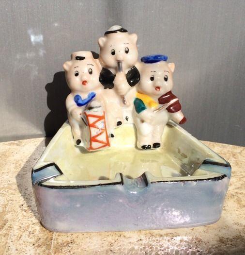 Vintage 3 Three Little Pigs Musician Ash Tray Walt Disney