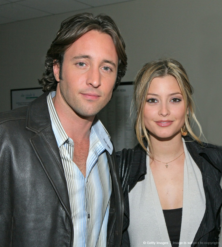Image detail for -BEVERLY HILLS, CA - APRIL 22: Actor Alex O'Loughlin and actress Holly Valance attend an evening with 'Moonlight' at the Paley Center on April 22, 2008...