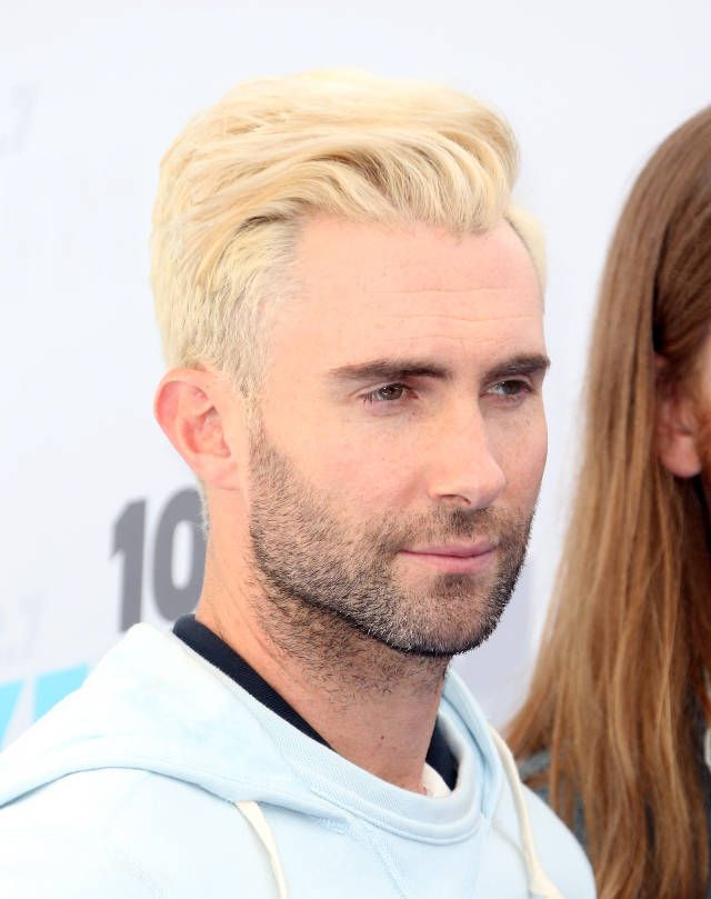 Adam Levine has an ombre face now.