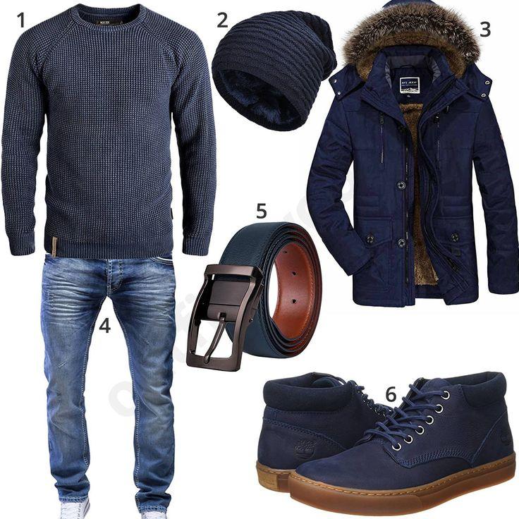 Blaues Herrenoutfit mit coolem Indicode Pullover, Vbiger Strickmütze, Parka mit Kapuze, Merish Bluejeans, Ledergürtel und halbhohen Timberland Stiefeln.
