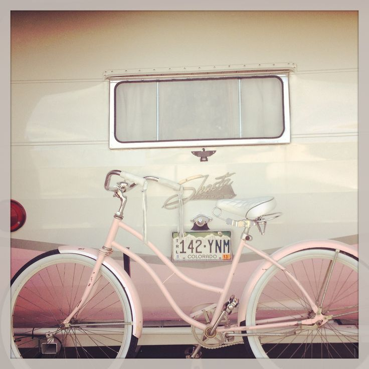 If I ever get a Vintage Trailer...It will be Pink and White so I can put My Pink Bike on the back :-)