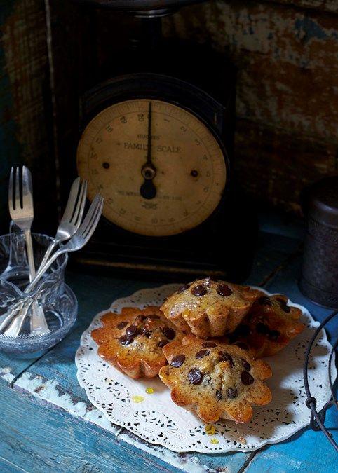 Gluten-free hazelnut, chocolate chip & orange friands | A heavenly afternoon treat