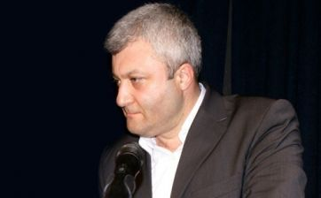 Tuncay Özkan siyasete CHP'de devam edecek