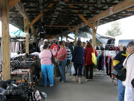 The Lachute Farmers Market has Antiques, Fresh Fruits & Vegetables, a Horse Auction and Much More... The oldest and one of the biggest in Canada.