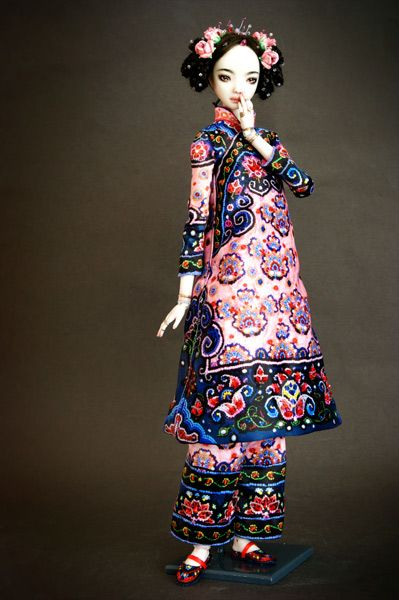 Echo - The Emperor's Youngest Daughter by Marina Bychkova; double ball-jointed porcelain doll