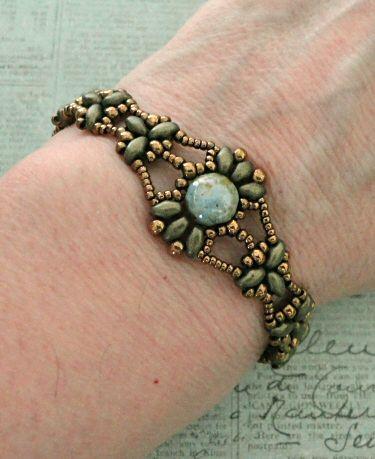 Linda's Crafty Inspirations: Free Beading Pattern - Isabelle Bracelet
