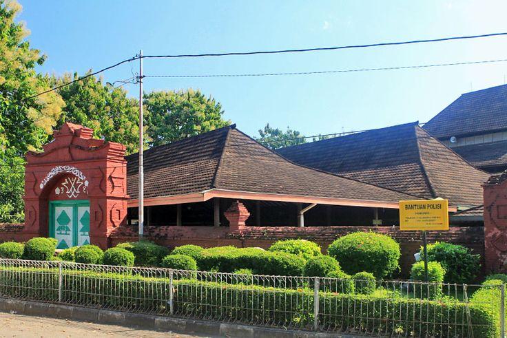 Mengenal Masjid Agung Sang Cipta Rasa Cirebon