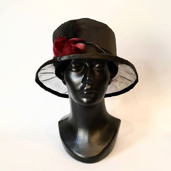 Hand-sewn black hat made of tulle georgette by DanuttaHandGallery