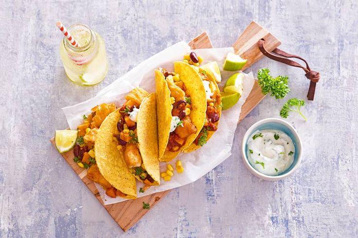 16 september 2017 - Kibbeling in de bonus - Arrrriba voor deze taco's gevuld met zoete aardappel, bonen en kibbeling. - Recept - Allerhande