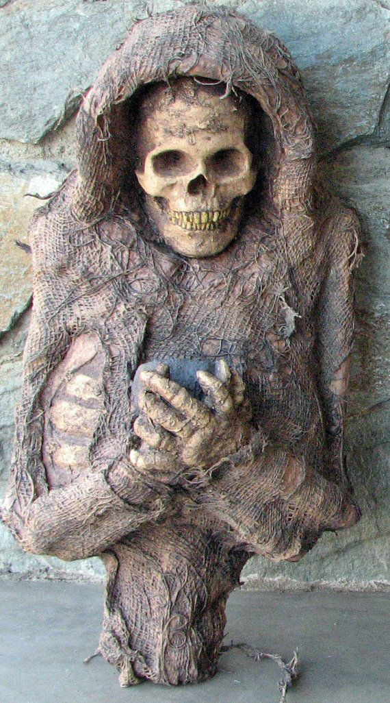 Grinning Reaper   Wall Hanging Withered Corpse by macabrecreations, $225.00