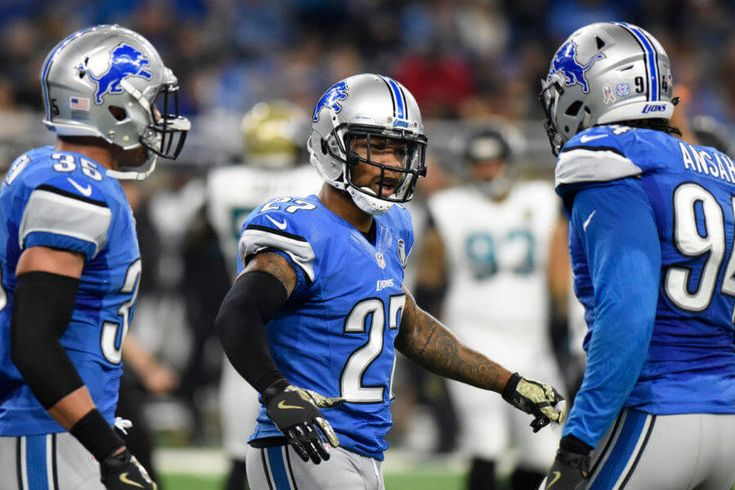 """Lions safety Glover Quin wants an extension = Safety Glover Quin will be a free agent after the 2017 season, if the Lions don't give him an extension. He hopes not to hit the market, though. He's already 31 years old, and he wants an extension in Detroit. When asked about it, per Carlos Monarrez of the Detroit Free Press, he said: """"Yeah, I would….."""