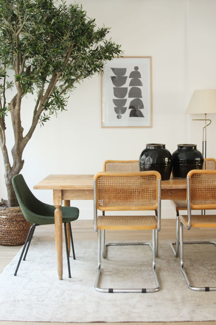 ©️️Selency Dining room, Breuer chair, spring home, vintage home, office.