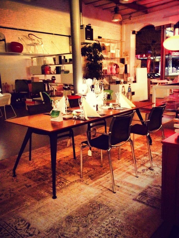 edition chez o buro li ge mobilier contemporain pour le bureau et la maison la goosse. Black Bedroom Furniture Sets. Home Design Ideas