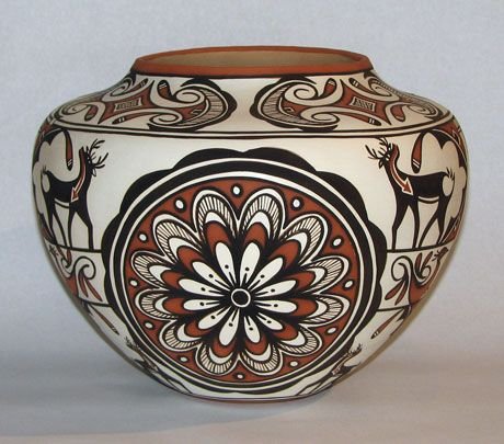 Noreen Simplicio - Native American Indian Pottery - Zuni Pueblo.