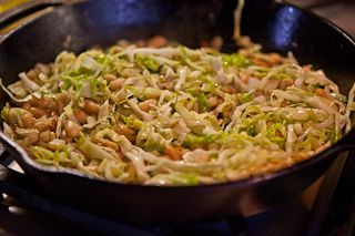 White Beans and Cabbage - Approx. 8 g fat / 450 cal per serving ...