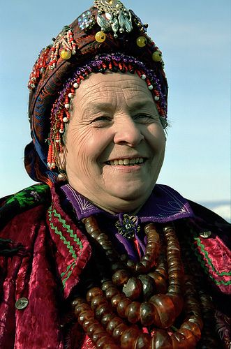 Traditional Costume Of Old Believers, Buryatia, Lake Baikal ~~ Wow check out her necklaces, wow that's some serious Amber!