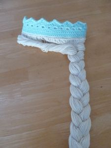 Couronne de la Reine des Neiges avec les cheveux longs