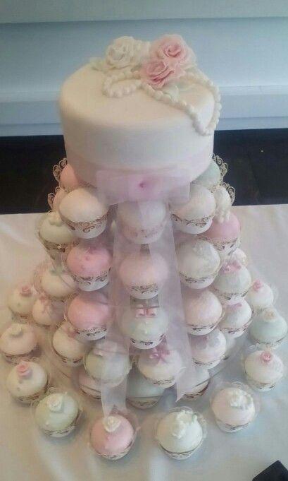 Vintage Theme Wedding Cake X