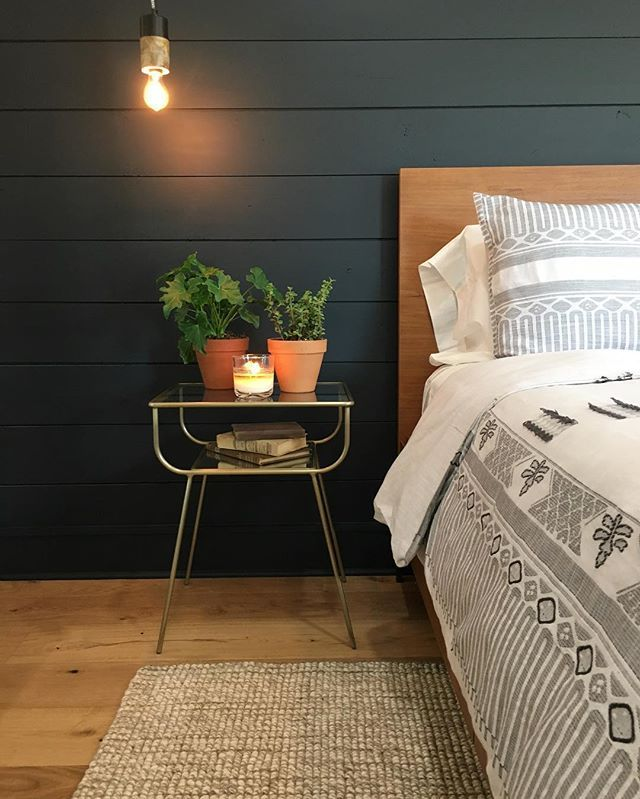 In honor of Black Friday, here's some black #shiplap for you! #fixerupper #seasonfouriscoming @hgtv