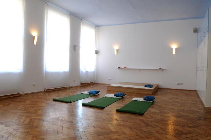 photo yoga studio design ideas - Google Search