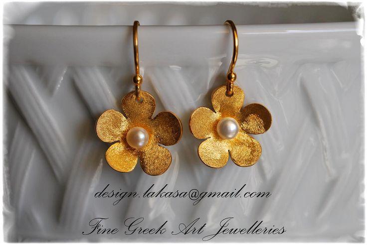 https://flic.kr/p/P3XDZz | λουλούδι_μαργαριτάρι_ασημένια_σκουλαρίκια_925_επιχρυσωμένα_sterling_silver_flowers_earrings_jewellery_lakasa_e-shop | Lakasa e-shop Jewelry - Fine Greek Art - Info e-mail: design.lakasa@gmail.com