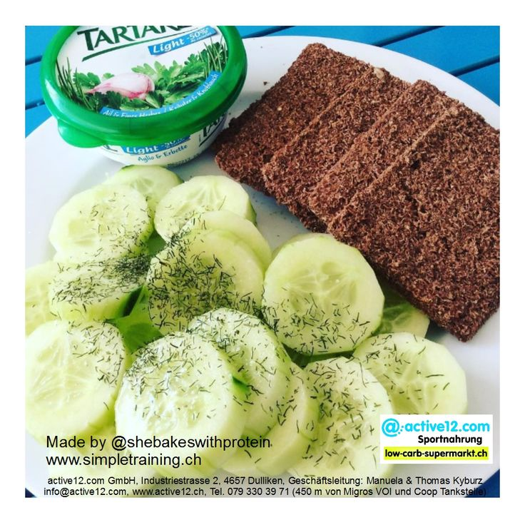 Schnell zubereitete gesunde Snack-Idee ■ Bran Crispbread mit Tartare und Gurken, liefert wenig Kalorien, sättigt, low carb und ballststoffreich mit einer Portion Protein. ►►► Online bestellen: http://www.active12.ch/…/Scandinavian-Bran-Crispbread-Hafer… ►►► Lagerverkauf: http://www.active12.ch/info/Oeffnungszeiten.html #Schnell #gesund #Snack #Idee #BranCrispbread #shebakeswithprotein #simpletraining #Tartare #Gurken #kalorienarm #sättigt #lowcarb #ballststoffreich #Protein #Ballaststoffe