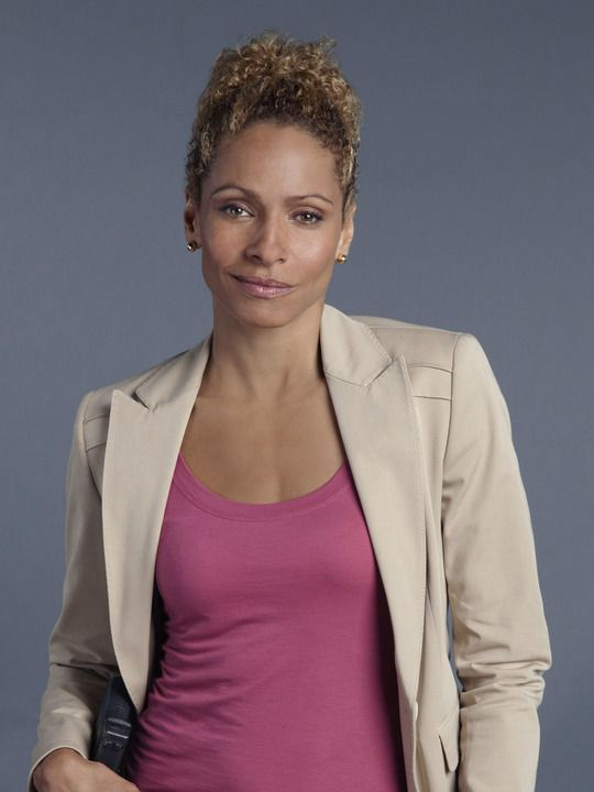 michelle hurd the glades | The Glades (TV show) Michelle Hurd as Colleen Manus