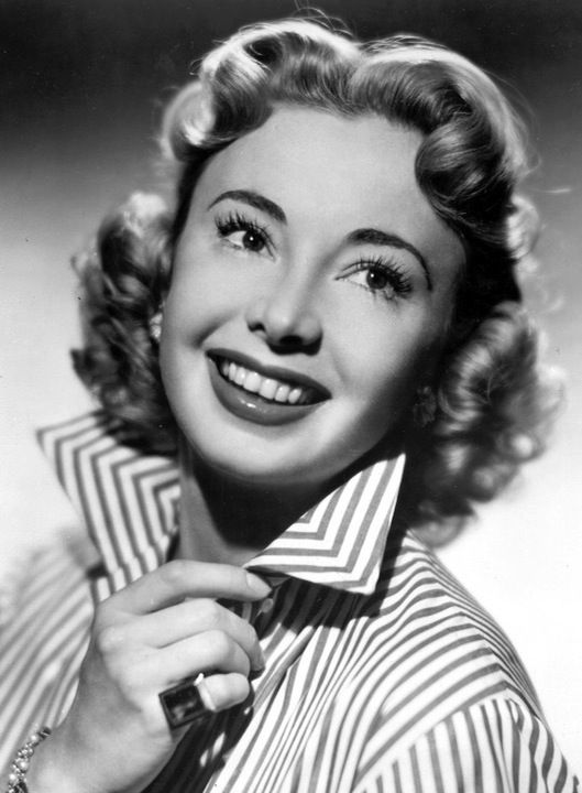 Such a lovely portrait of Actress Audrey Meadows. #vintage #actresses