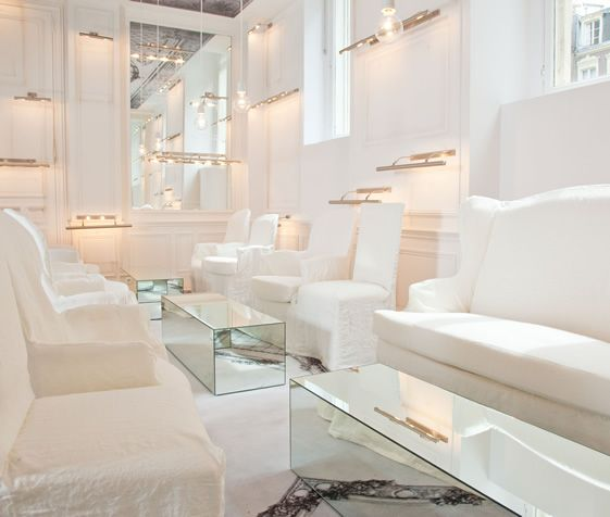 www.limedeco.gr      a beautiful white hotel's lobby!