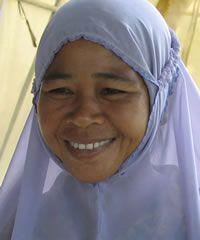 Please pray for the ... Simeulue of Indonesia Population:52,000 Language:Simeulue Religion:Islam Evangelical:0.00% Status:Unreached (1.1)