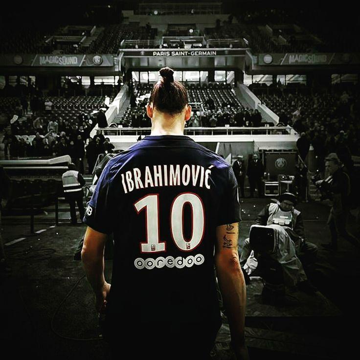 Z.Ibrahimovic n'est venu au PSG que pour son salaire ! - http://www.le-onze-parisien.fr/z-ibrahimovic-nest-venu-au-psg-que-pour-son-salaire/