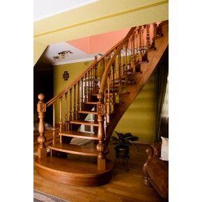 Лестница Традиция Класик 010 вид слева