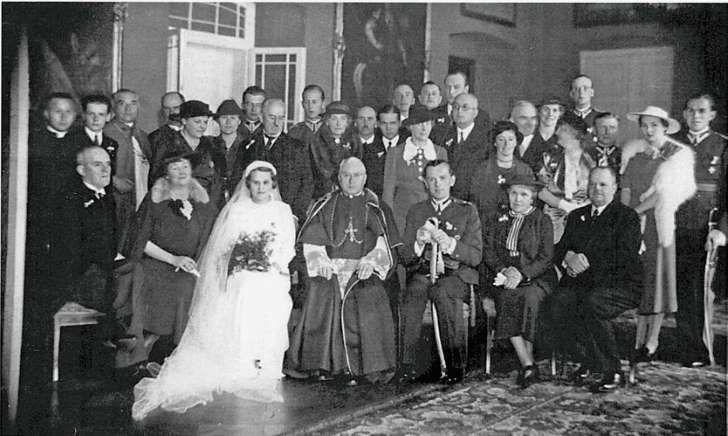 Ślub kniaziówny Anny Szuyskiej z Gustawem Potworowskim w 1937 r. w Poznaniu