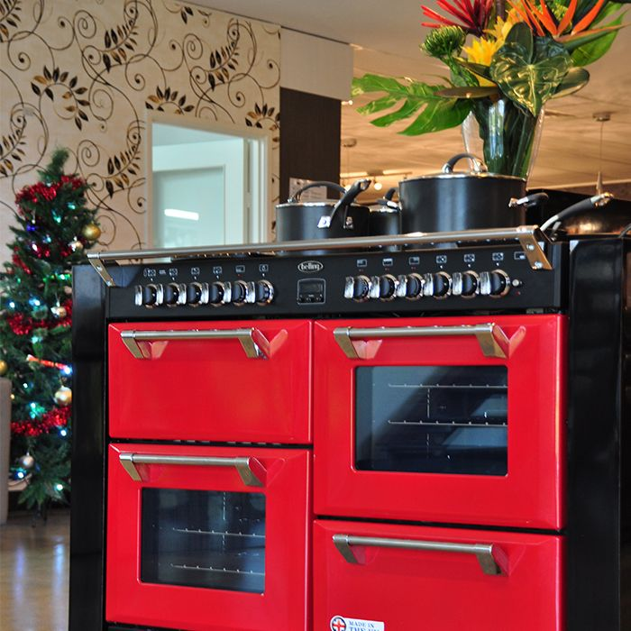 Have a fiery Christmas with your red Richmond range cooker by Belling. Enjoy up to 216 litres of capacity to cook a feast for the whole family in one go, and up to 4 independently controlled cavities so that each type of food is perfect!
