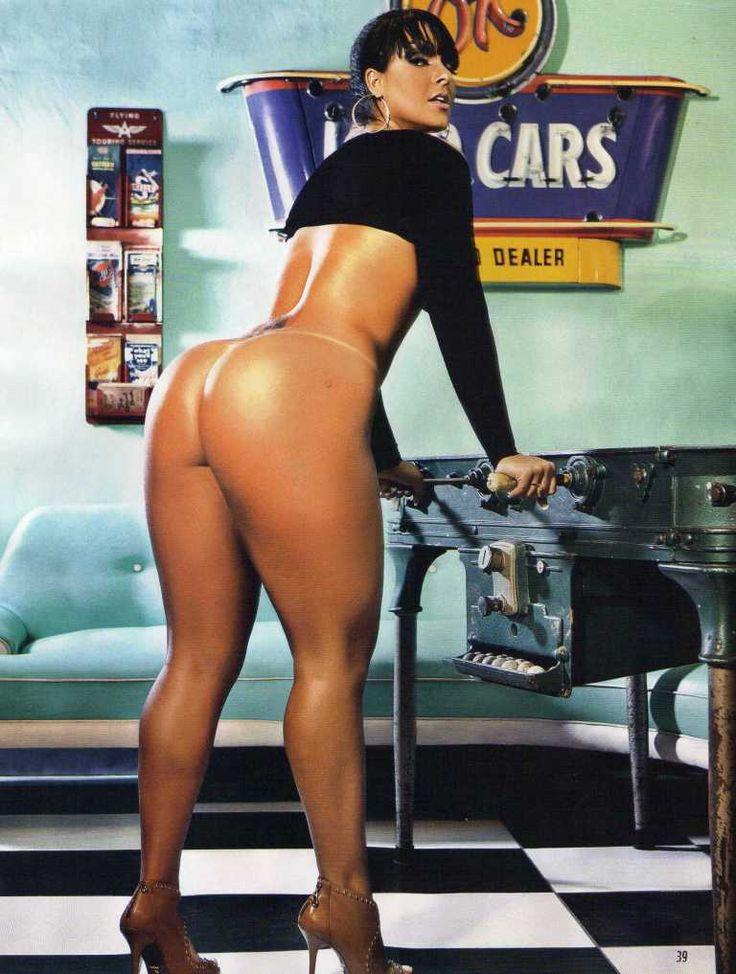 Mulher Melão veja outras fotos sensuais da funkeira ao