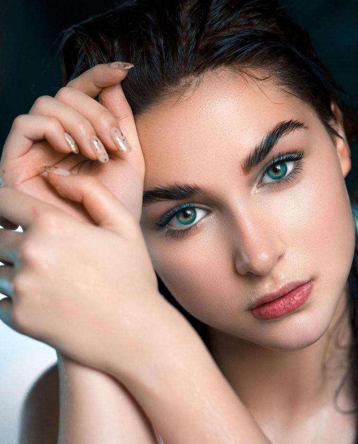 Pin by Ek Lafz on Photography   Portrait, Beauty, Dark hair