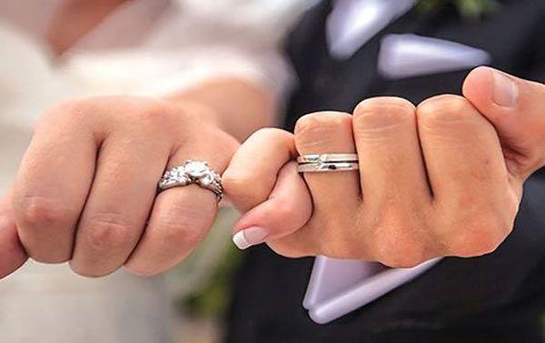استئناف العمل بمركز عيادة ماقبل الزواج في السويداء استأنفت عيادة ماقبل الزواج التابعة لنقا Cheap Wedding Rings Sets Glamorous Wedding Rings Wedding Ring Sets