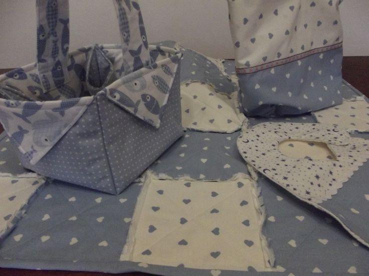 Baby kit www.ilnastroapois.blogspot.it