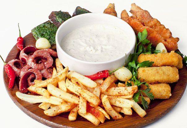 Cегодня же пятница! Пора веселиться и вкусно подкрепиться;)  Приходи в ресторацию «Старомак», используй бонусы и получай отличную скидку !!! :) http://partymoney.com.ua/restoraciya_staromak