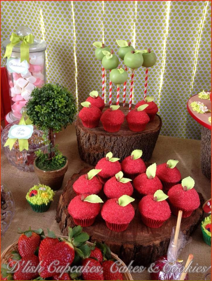 LITTLE RED RIDING HOOD BIRTHDAY PARTY/little-red-riding-hood-birthday-party-girls-party-apple-cakepops
