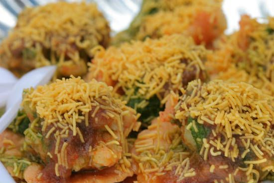 Awesome Cuisine gives you a simple and tasty Sev Puri Recipe. Try this Sev Puri recipe and share your experience. For more recipes, visit our website www.awesomecuisine.com