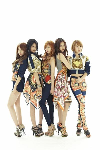 Nam Ji-hyun, Heo Ga-yoon, Jeon Ji-yoon, Kim Hyun-a, and Kwon So-hyun ★ #4Minute